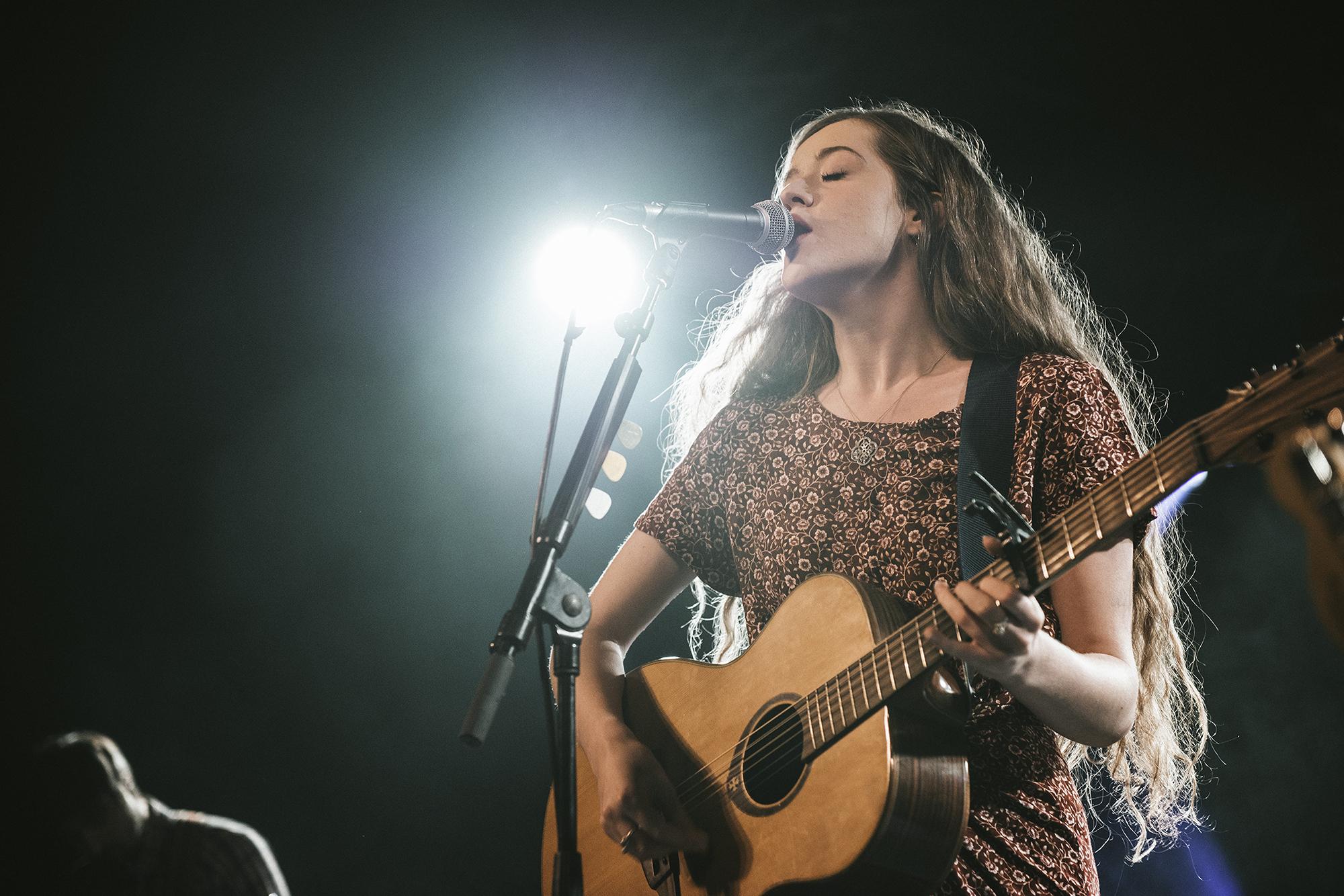 Student and Folk singer Lauren Rycroft supporting Newton Faulkner