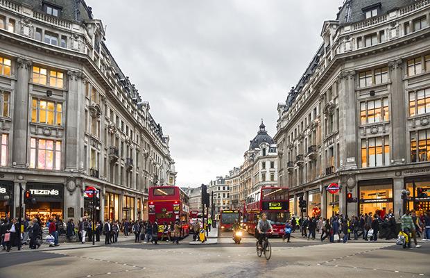 Street scene at Oxford Street