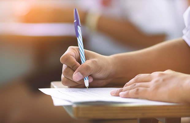 Tips for writing your sixth form college application