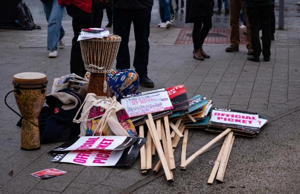 picket line signs for university strikes