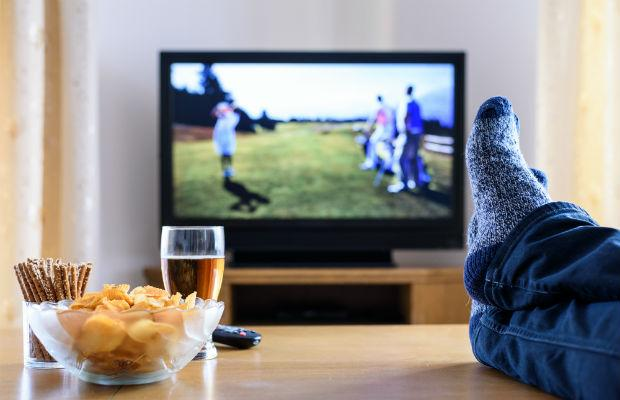 There are many alternatives to watching live tv/ iPlayer