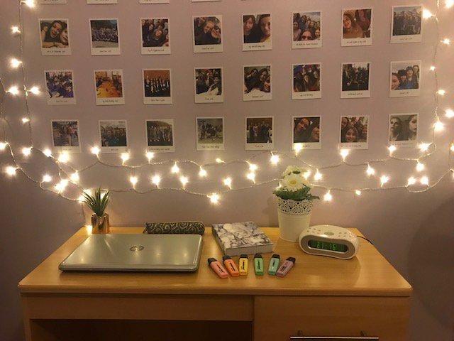 Pretty study desk area